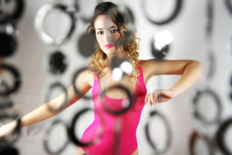 Dansende sexy vrouw royalty-vrije stock foto