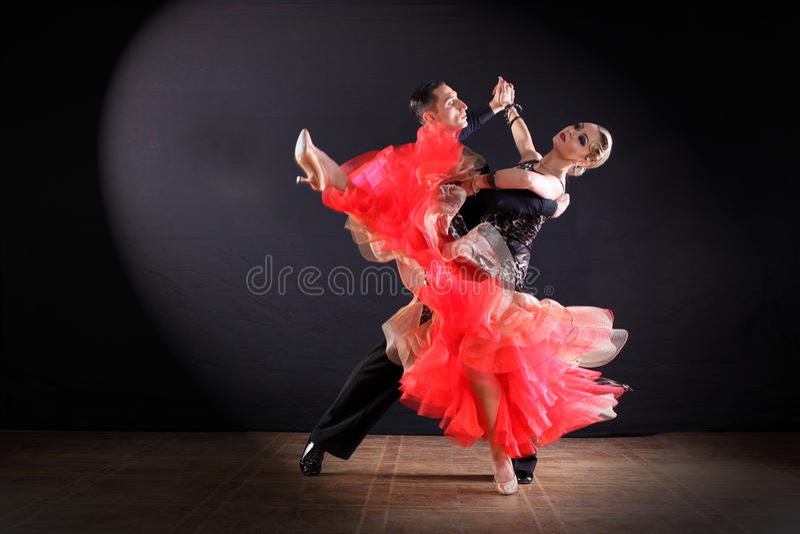 Dansers in balzaal royalty-vrije stock foto