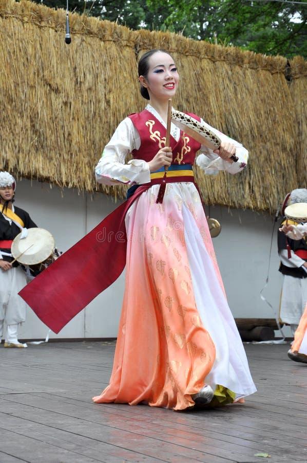 Dansers, de Maatschappij voor het Koreaanse Onderwijs van de Dans royalty-vrije stock fotografie