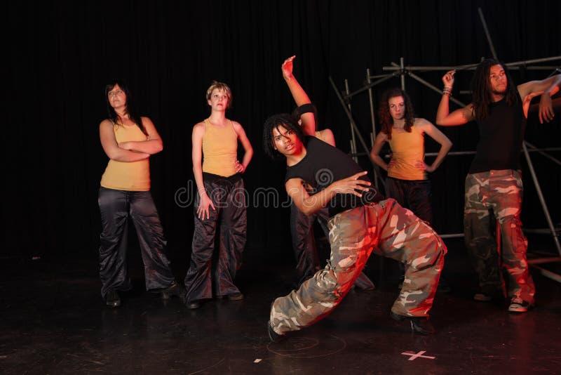 Dansers op stadium stock fotografie