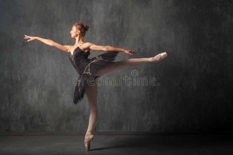 Danses de théâtre de Prima photographie stock