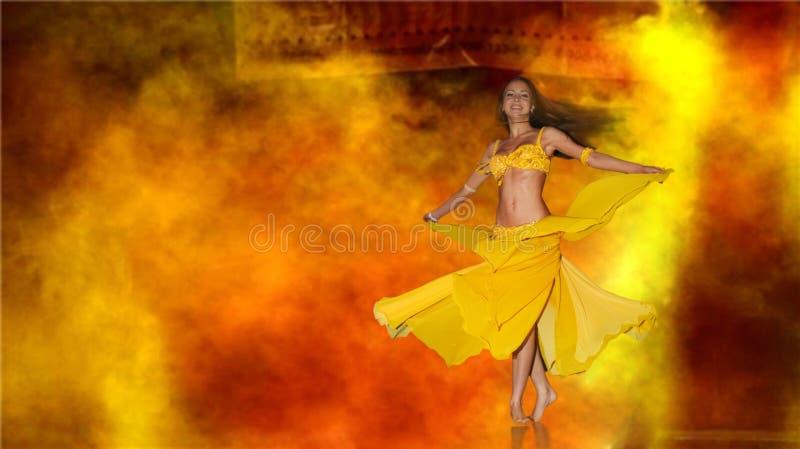 dansetappkvinna arkivbilder