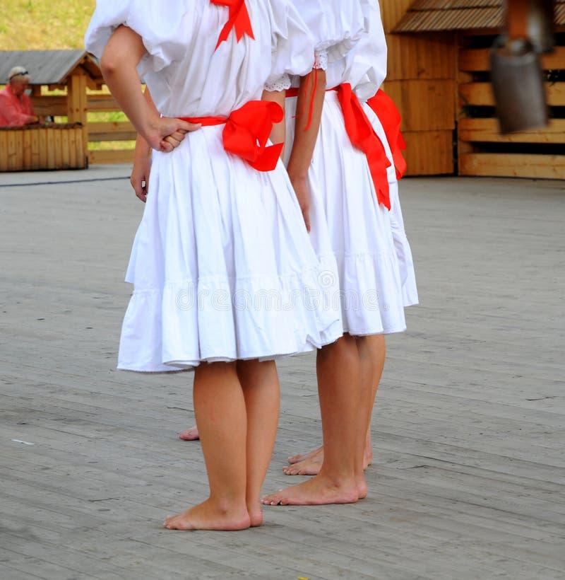 Danseur aux pieds nus de slovac images stock