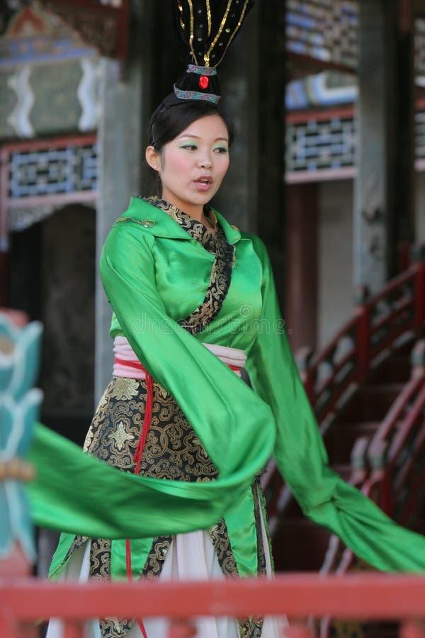 Danseur chinois féminin photo stock
