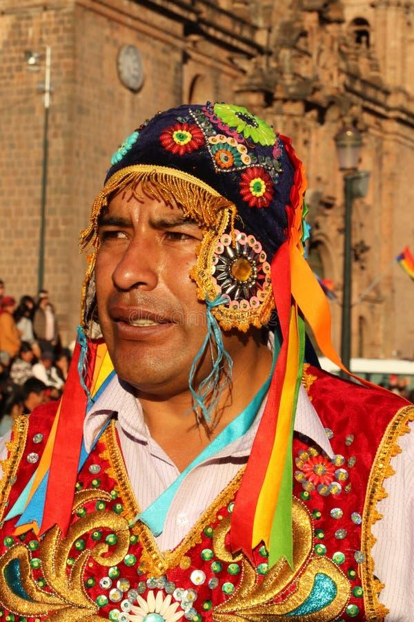 Danseur péruvien en tenue traditionnelle à la Fiesta del Cusco, 2019 photo stock