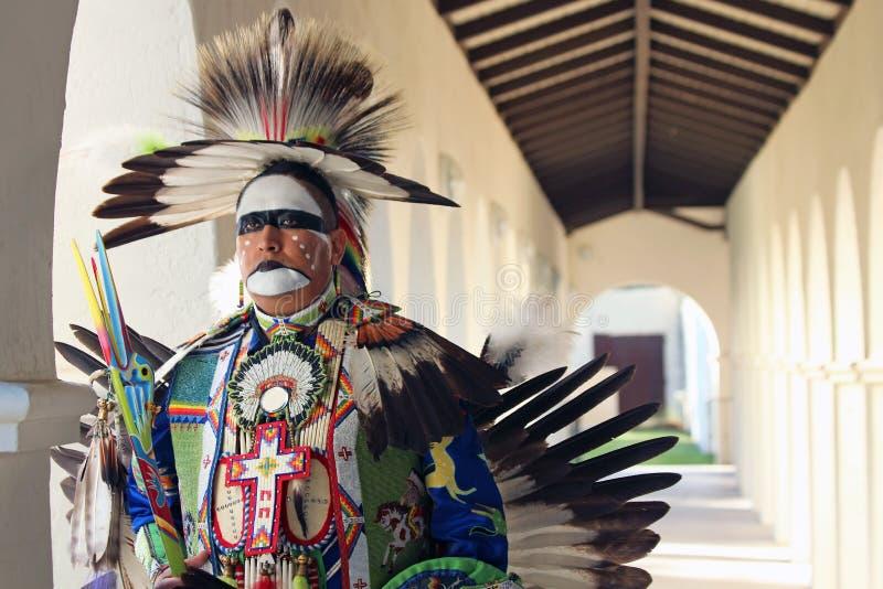 Danseur traditionnel - musée entendu image stock