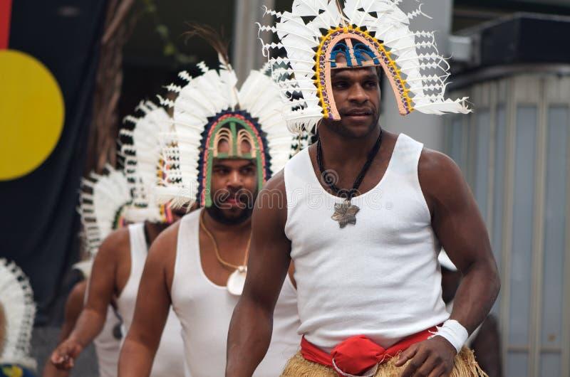 Danseurs d'îles de détroit de Torres images libres de droits