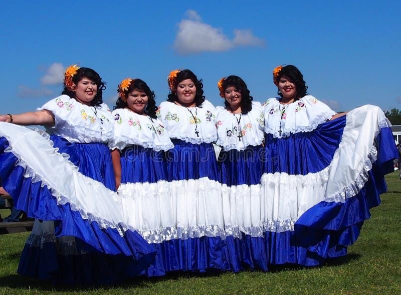 Danseurs d'Amérique centrale aux jours 2013 de l'héritage d'Edmonton photographie stock