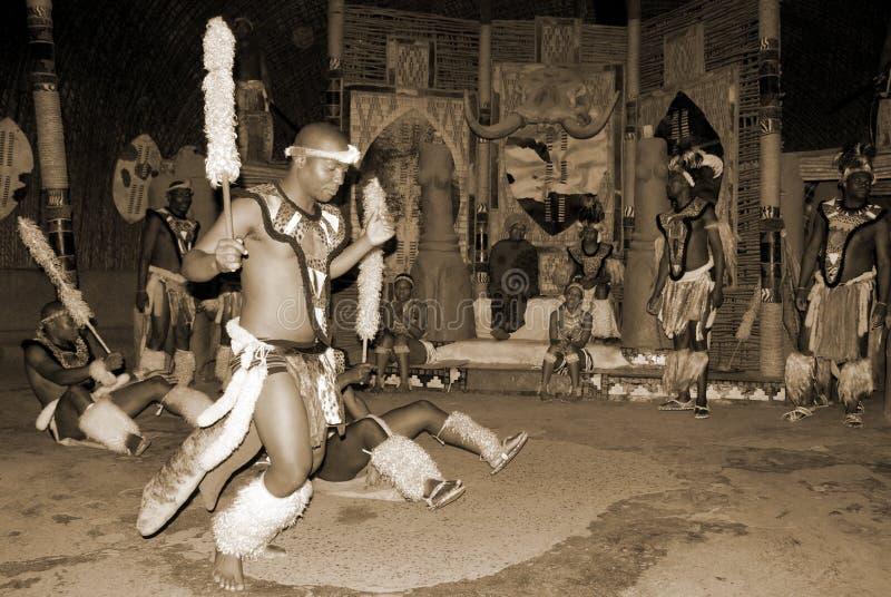 Danseurs de zoulou images stock