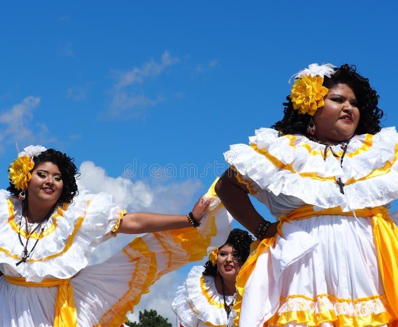 Danseurs folkloriques d'Amérique centrale images libres de droits