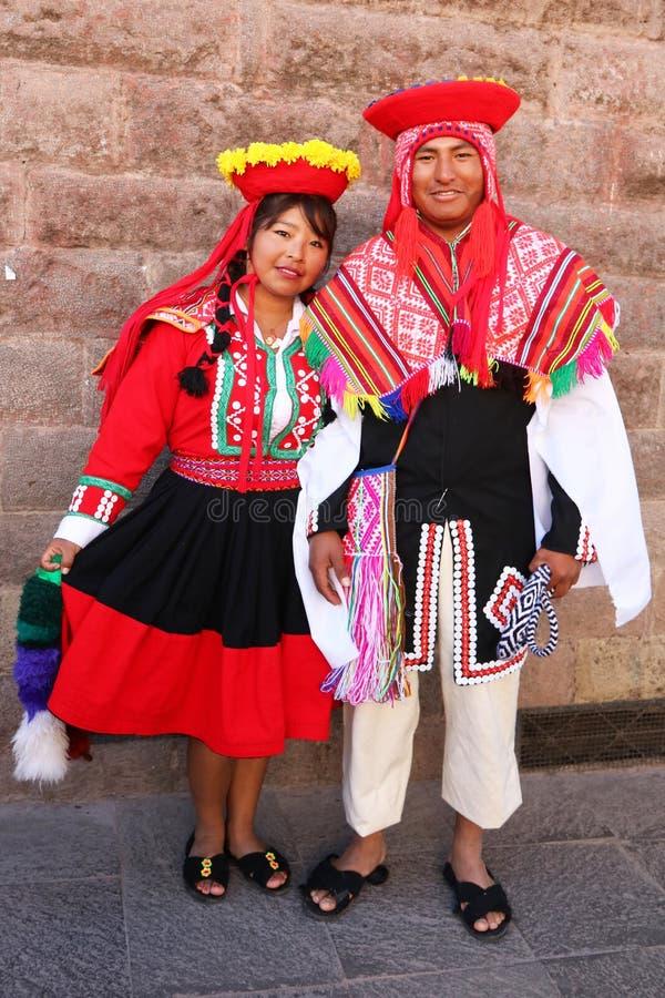 Danseurs péruviens en tenue traditionnelle à la Fiesta del Cusco, 2019 image libre de droits