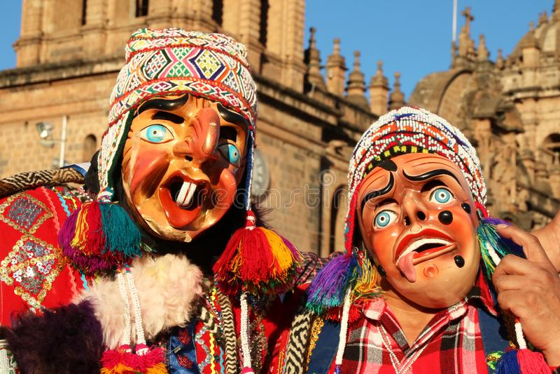 Danseurs péruviens portant des masques à la Fiesta del Cusco, 2019 photographie stock