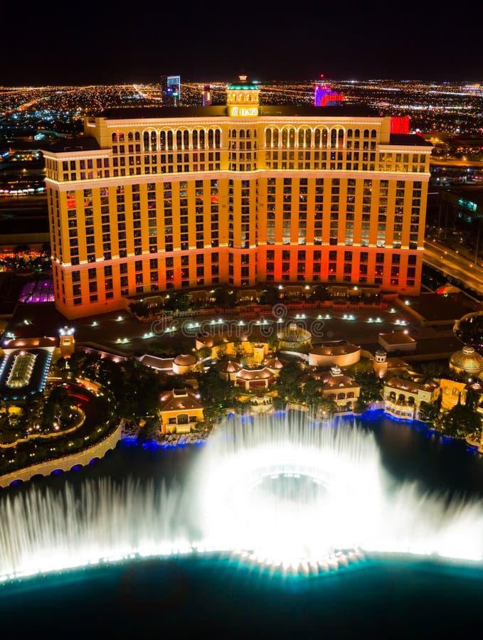 dansspringbrunnLas Vegas vatten arkivbilder