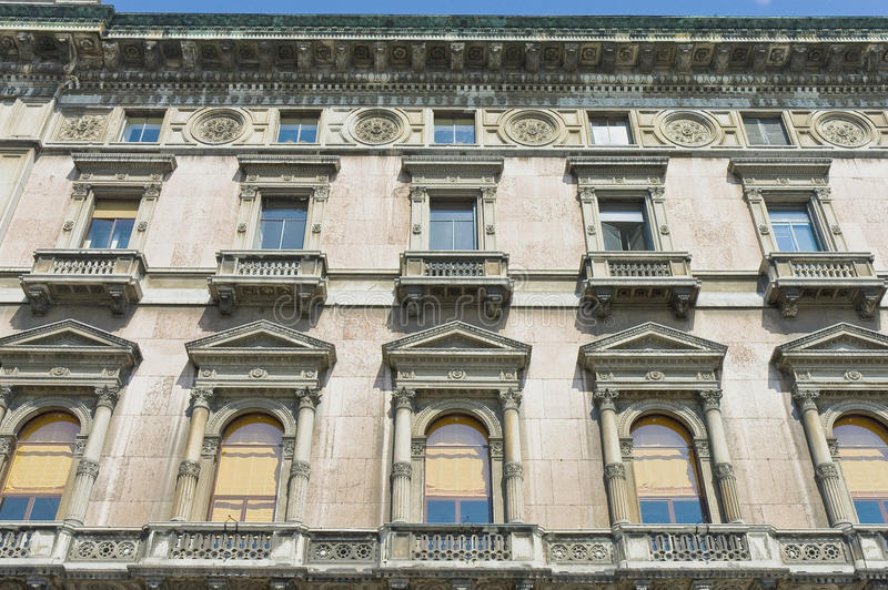 dante οδός της Ιταλίας Μιλάνο μέσω στοκ φωτογραφίες με δικαίωμα ελεύθερης χρήσης