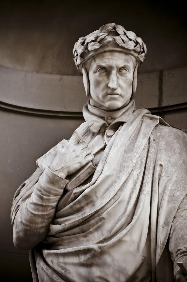 Dante Alighieri στις θέσεις της κιονοστοιχίας Uffizi στοκ εικόνες με δικαίωμα ελεύθερης χρήσης