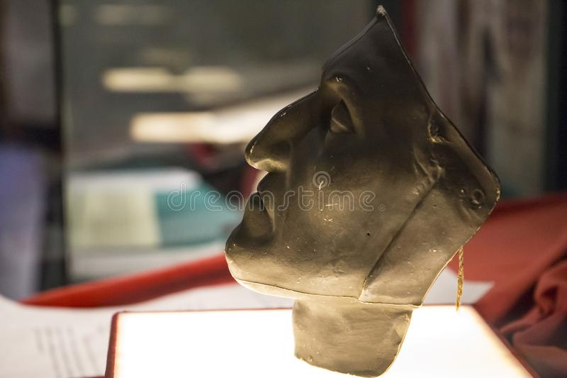 Dante Alighieri dödmaskering i Dante Museum i Florence royaltyfri bild