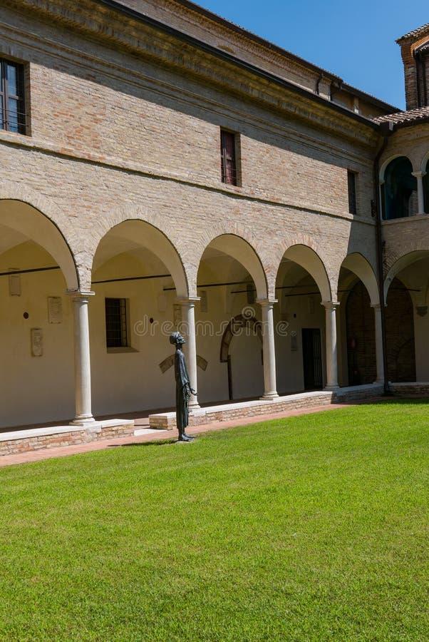 Dante Museum van Ravenna, interne binnenplaats royalty-vrije stock fotografie