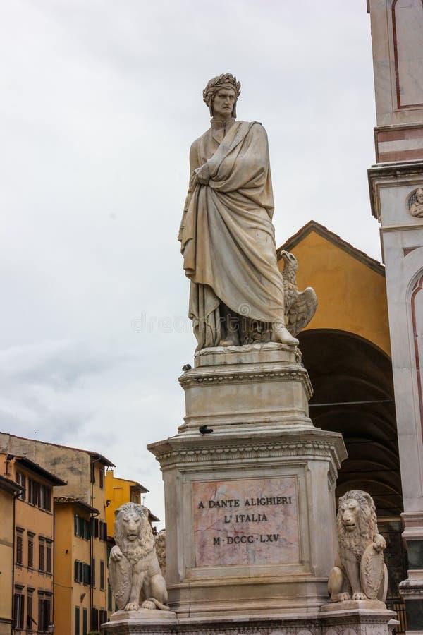 Dante staty royaltyfri foto