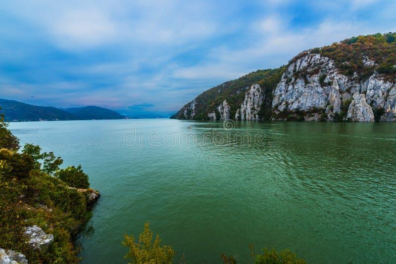 Danube przepustki Góry zdjęcie stock