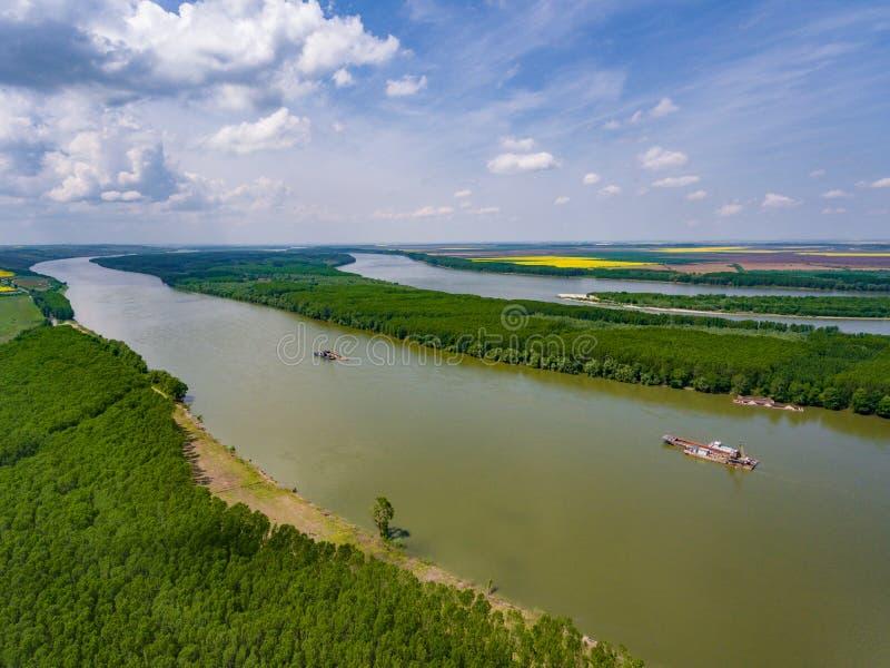 Danube rzeka w Dobrogea, Rumunia widok z lotu ptaka od trutnia zdjęcie stock