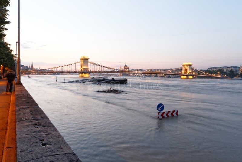 Download Danube w Budapest obraz stock. Obraz złożonej z natura - 41953849