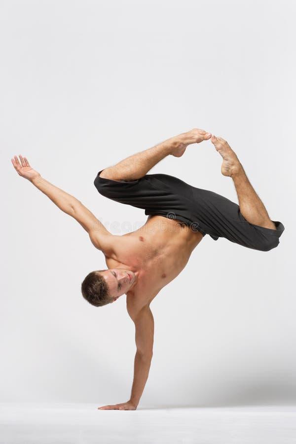 Download Danza foto de archivo. Imagen de dancing, varón, tolerancia - 7283748