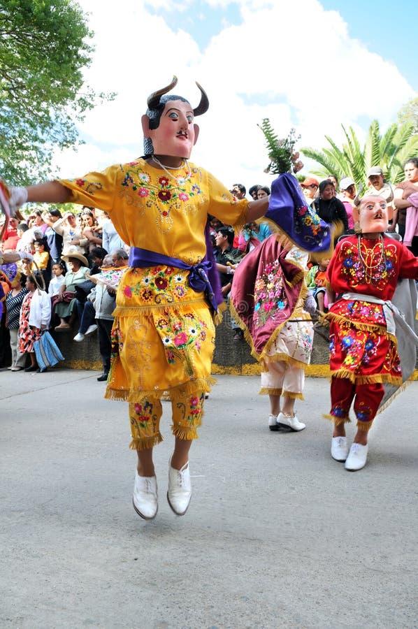 Download Danza Del Los Diablos En Cajabamba, Perú Foto de archivo editorial - Imagen de retrato, diablo: 11878668