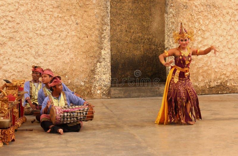 Danza Indonesia tradicional de Bali imágenes de archivo libres de regalías