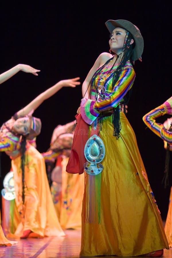 Danza popular china imagenes de archivo