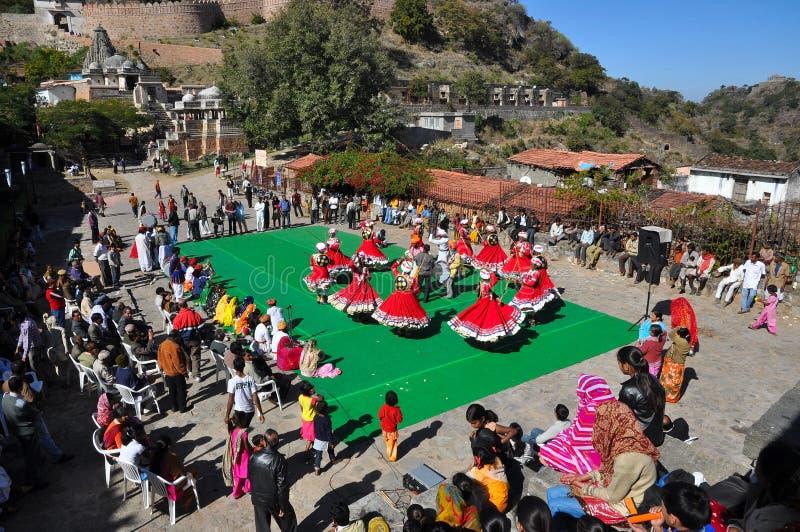 Danza popular de la India fotografía de archivo libre de regalías