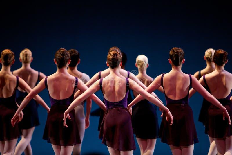 Danzatori sulla fase fotografie stock libere da diritti