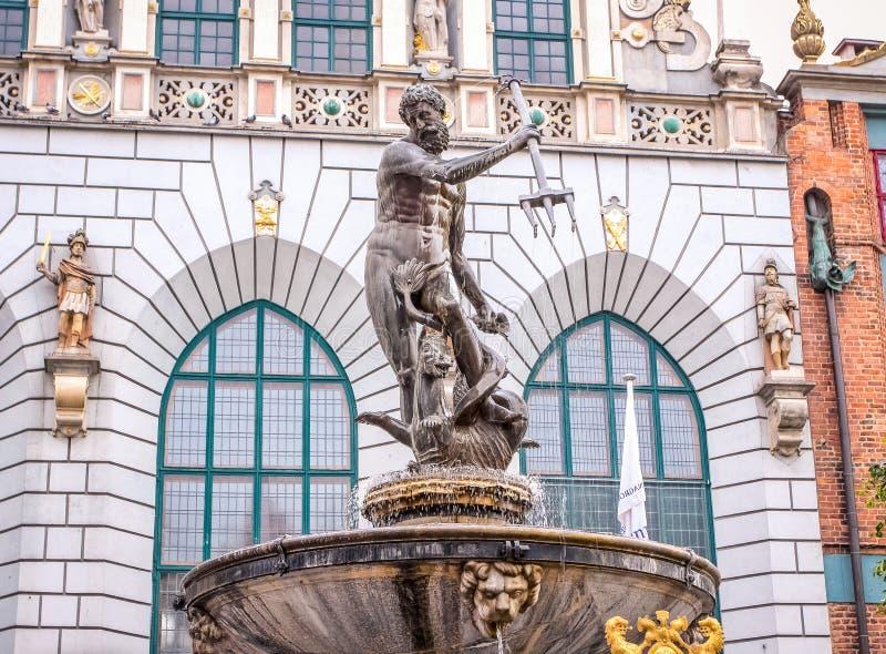 Danzica/Polonia - 30 giugno 2009: Vista sulla scultura/fontana famose di Nettuno immagini stock libere da diritti