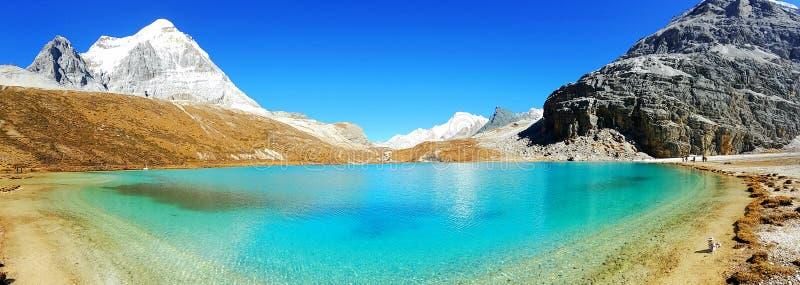 Daocheng Yading, pozioma narodowego rezerwat przyrody w Chiny fotografia stock