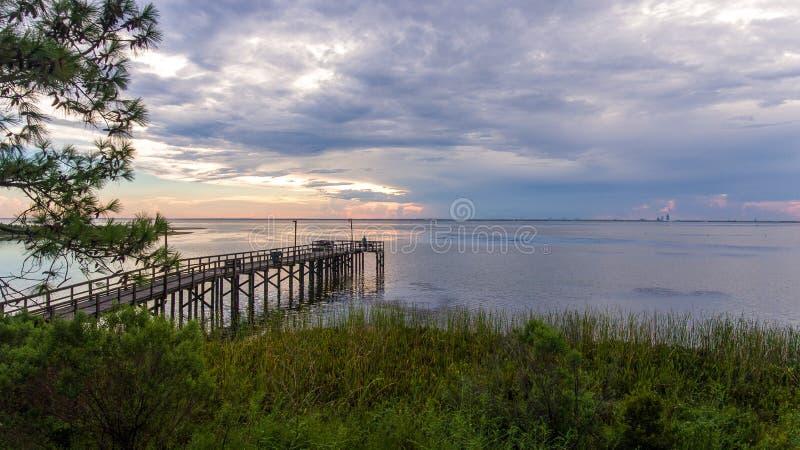 Daphne, por do sol de Alabama na costa do golfo fotos de stock royalty free