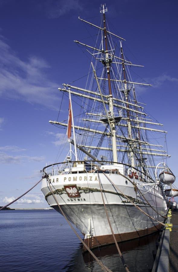 Dar Pomorza ist ein polnisches voll-manipuliertes Segelschiff, das im Jahre 1909 errichtet wird, das in Gdynia als Museumsschiff  lizenzfreie stockbilder
