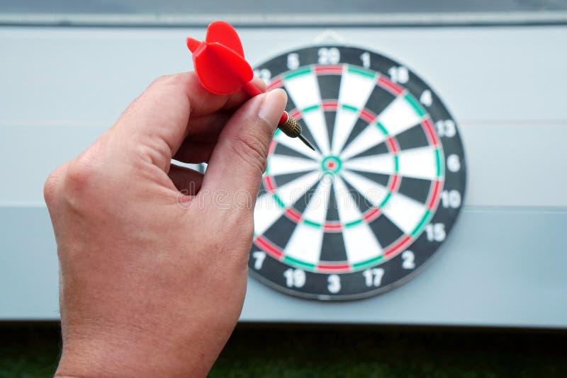 Dardi e gioco della freccia del bersaglio immagini stock libere da diritti