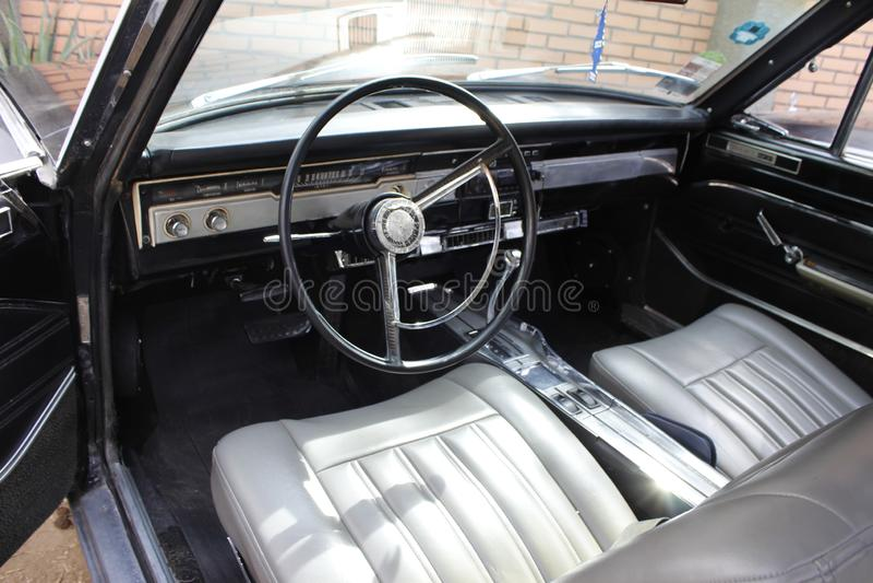 Dardo clássico de Dodge do carro fotos de stock royalty free