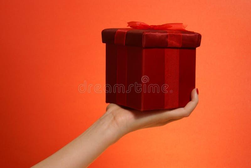 Dare del regalo immagini stock libere da diritti