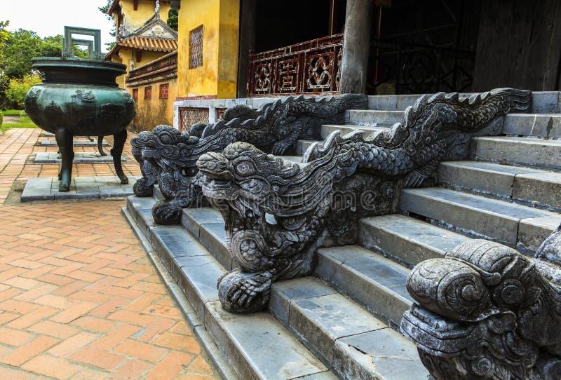Dargon na arquitetura da citadela antiga da matiz, Vietname imagem de stock