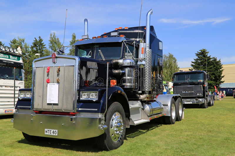 Dark Blue Kenworth W900 Truck Tractor royalty free stock photo