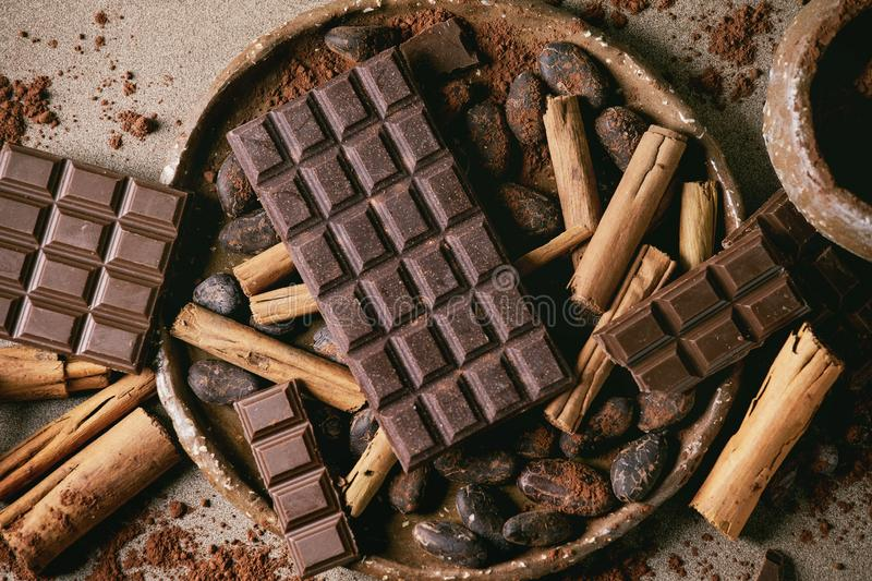 Dark chocolate with cocoa royalty free stock photography