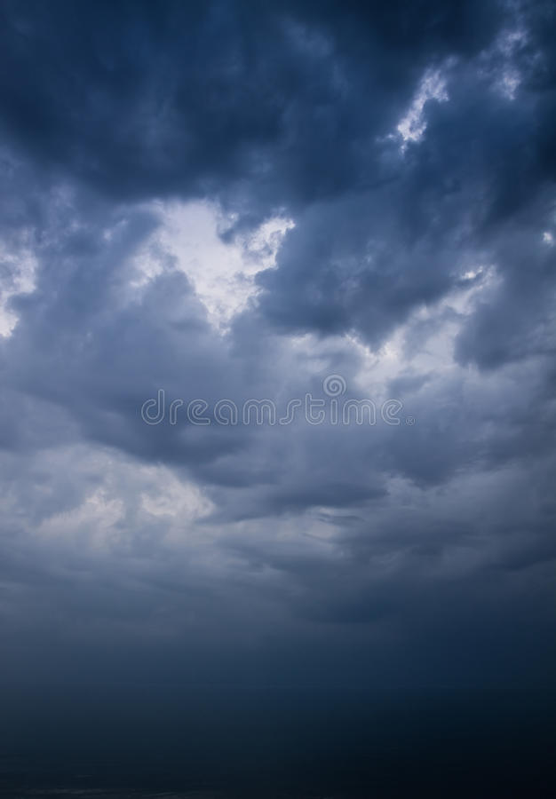 Dark stormy sky over sea. Before thunderstorm royalty free stock images