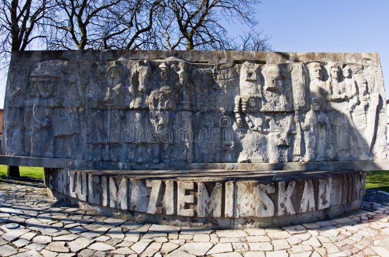 Darlowo, Polonia - monumento de la Segunda Guerra Mundial del poste fotografía de archivo libre de regalías