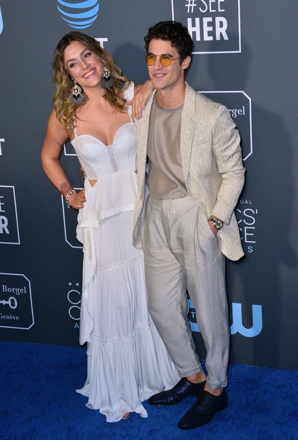 Darren Criss & Mia Swier στοκ εικόνες