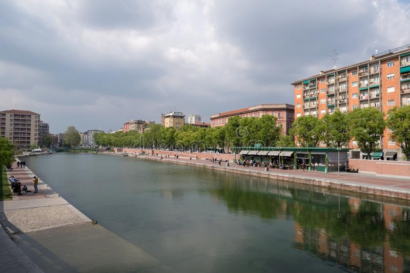 Darsena en Navigli-district, Milaan, Italië stock afbeeldingen