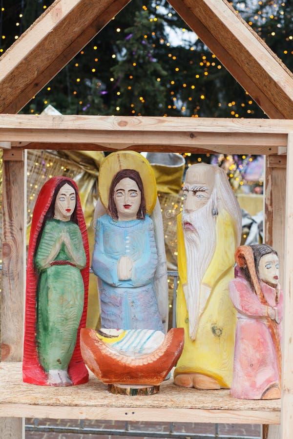Darstellung der Geburt von Christus Ukraine, Lemberg, am 11. Januar 2018 Die Gesichter werden in der Volksart gemalt lizenzfreie stockbilder