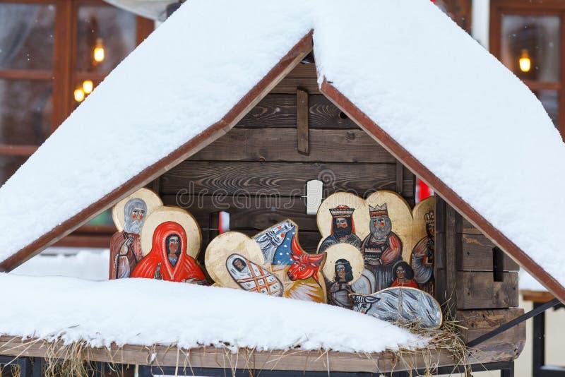 Darstellung der Geburt von Christus Ukraine, Lviiv, am 22. Januar 2018 Die Gesichter werden in der Volksart gemalt lizenzfreie stockfotos