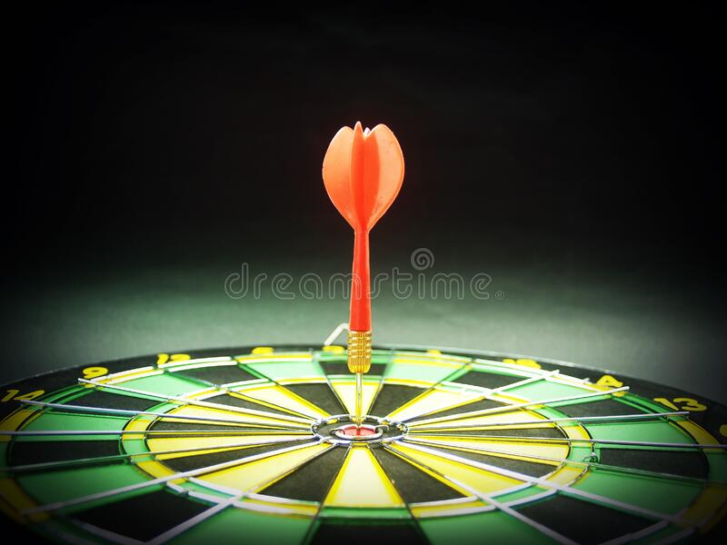 Dart Pin In The Middle Of Dartboard Free Public Domain Cc0 Image