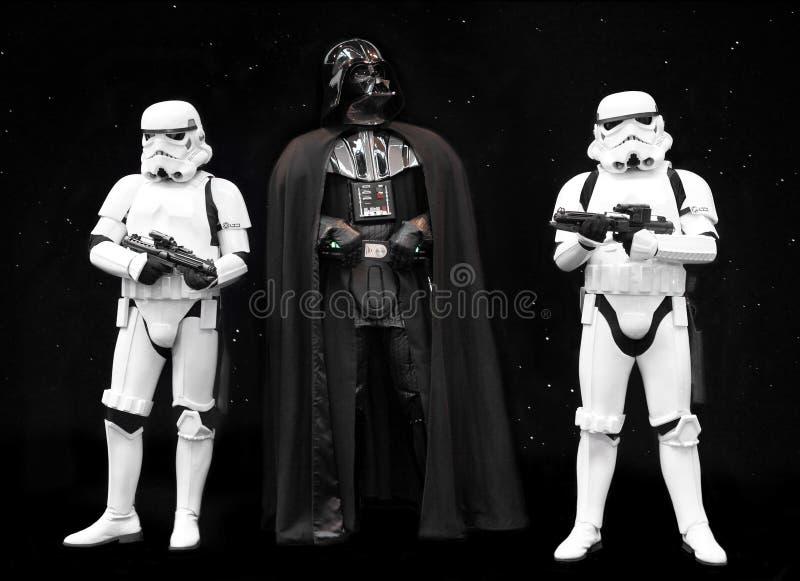Darth Vadder och Stormtroopers Star Wars royaltyfria bilder