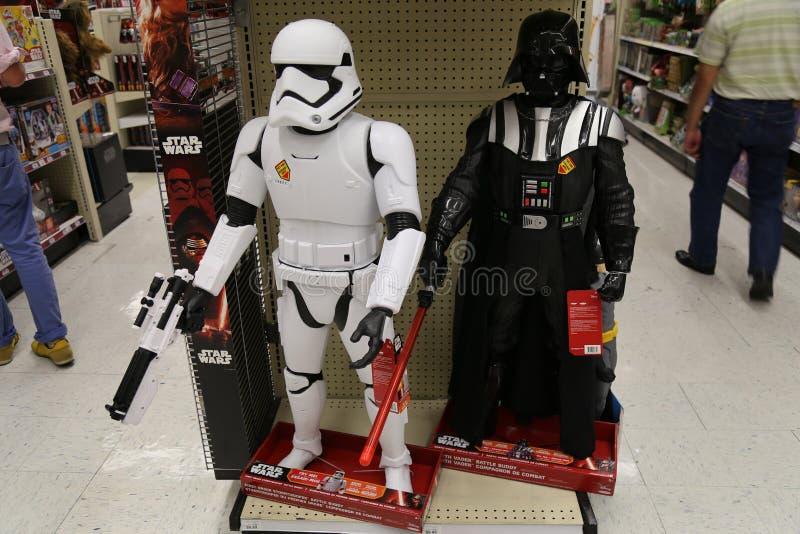 Darth Vader e brinquedos do soldado de tempestade fotografia de stock
